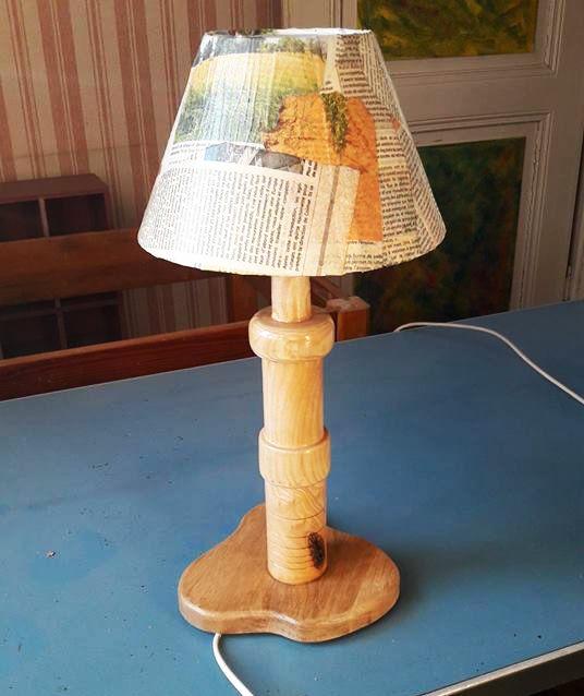 Lampe artisanale en bois tourné grande