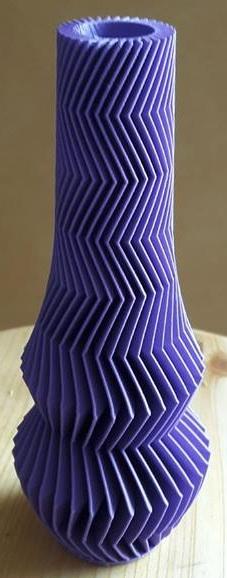 Vase Design & Décoration géométrique violet
